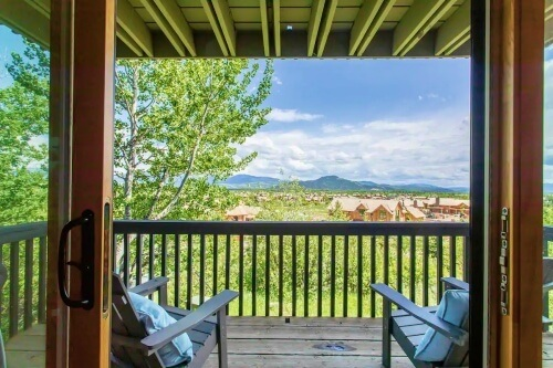 2-bedroom-condo-5-minutes-from-Jackson-Hole-Aerial-Tram