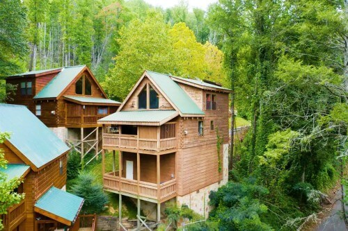 Downtown Dream Airbnb Gatlinburg Tennessee_Great Smoky Mountains National Park