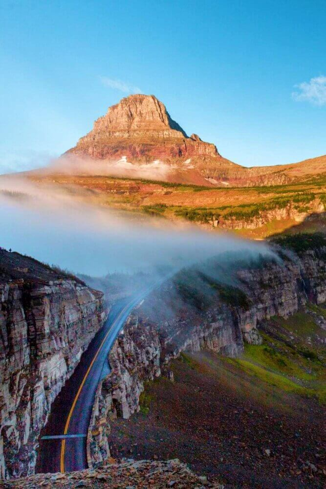 Going to the Sun Road scenic drive in Glacier National Park