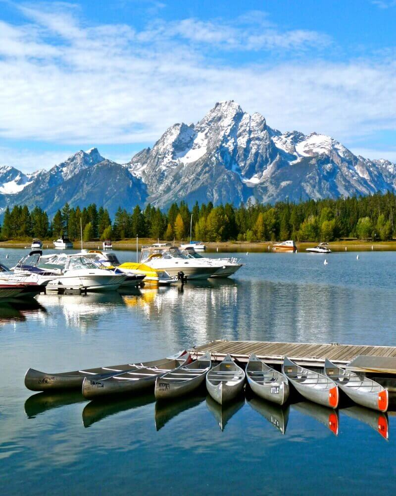 Jackson-Lake-boating-is-one-of-the-best-things-to-do-in-Tetons