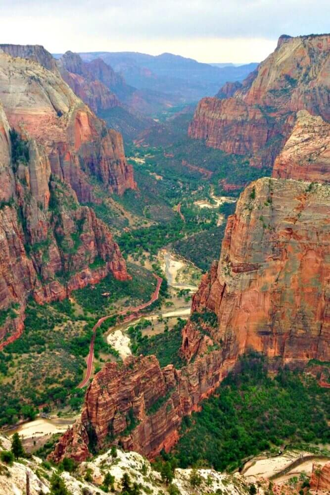 Observation Point one of the best hikes in Zion national park