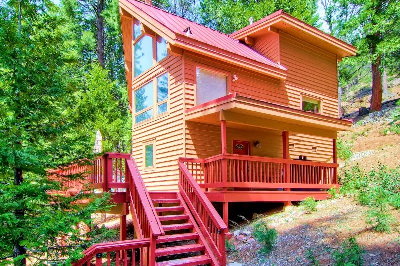 Red Roof Chalet Airbnb Yosemite