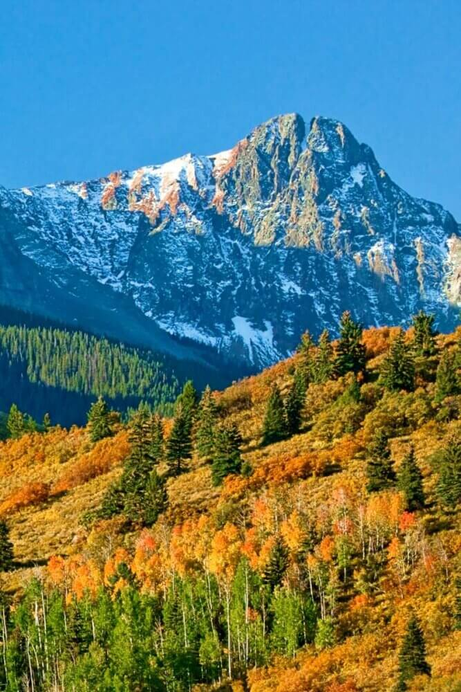 Rocky Mountains National Park in fall