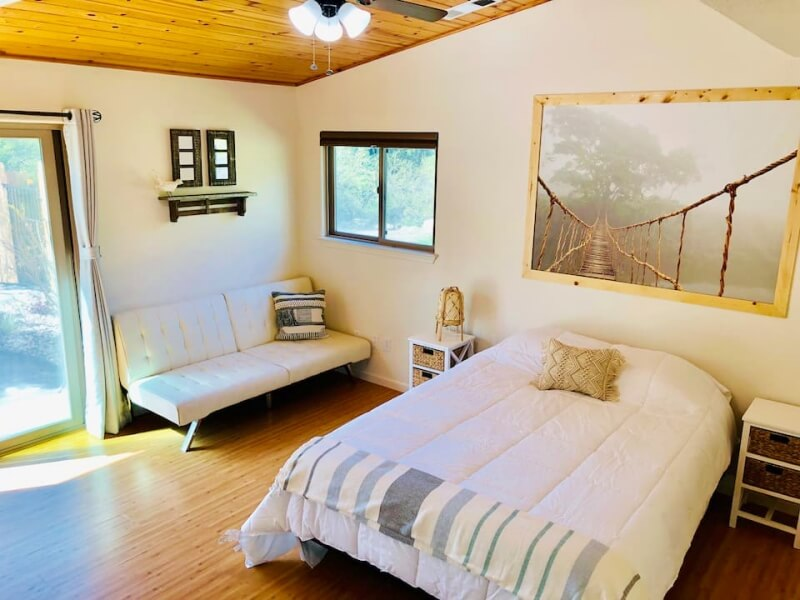 Three Rivers Townhouse Airbnb Sequoia National Park