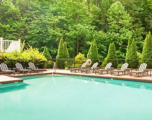 Treeside Townhome Airbnb Gatlinburg Tennessee_Great Smoky Mountains National Park